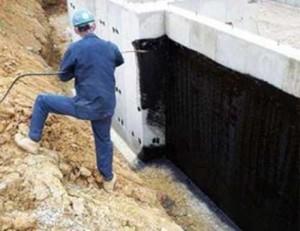Нет сырости: как сделать гидроизоляцию фундамента