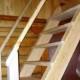 Как строится лестница на второй этаж своими руками