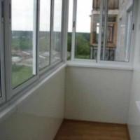 Отделочные работы на балконе: обшивка балкона пластиком